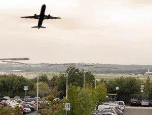 fliegen-parkplatz-flughafen-frankfurt