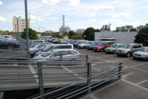 Flyautoparking.de Parkdeck Aussen Flughafen Frankfurt